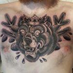 zombie tattoo kerava, tatuointi kerava, tatuointi sipoo, tatuointi tuusula, ZOMBIE TATTOO, ZOMBIE TATTOO HELSINKI, ZOMBIE TATTOO KERAVA, ZOMBIE TATTOO MATZON, TATUOINTI MATZON, TATTOO MATZON, TATTOO HELSINKI, TATTOO FINLAND, TATUOINTI KERAVA, TATUOINTI JÄRVENPÄÄ, TATUOINTI TUUSULA, MUSTAHARMAA TATUOINTI, CHESTPIECE, RINTATATUOINTI, KARHU TATUOINTI, OLD SCHOOL TATTOO, OLD SCHOOL TATUOINTI, PERINTEINEN TATUOINTI, TRADITIONAL TATTOO, TRADITIONAL TATTOOOING